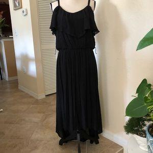 AGB HIGH-LOW LONG DRESS